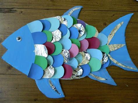 25 best ideas about rainbow fish crafts on best 25 rainbow fish crafts ideas on fish