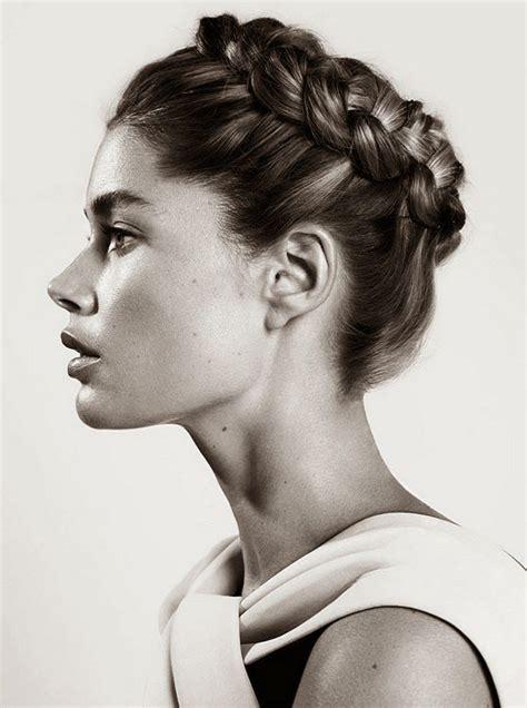texturizing crown of hair the 25 best halo braid ideas on pinterest crown braids