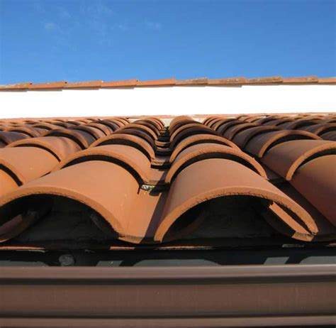 joels roofing rain gutter   roofing products