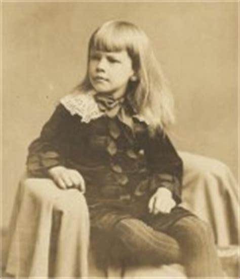 emily dickinson a biography connie ann kirk emily dickinson cronologia