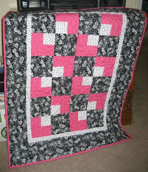 White Baby Quilt crafty creations black and white baby quilt