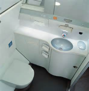how to use bathroom in flight how to sh t on an airplane tips from a flight attendant