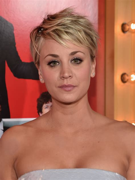 kaley cuoco new short hairdo kaley cuoco sweeting messy cut short hairstyles lookbook