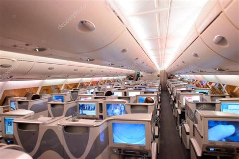 int 233 rieur de airbus a380 emirates photo 233 ditoriale 98831118