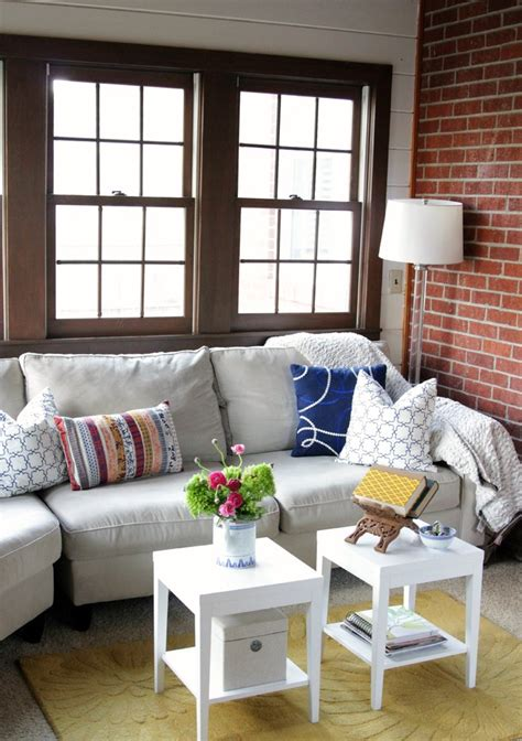 Sofa For Small Space Living Room by Sitting Comfortably In Small Space Room Decohoms