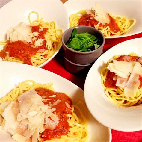 cuisine a la carte food explorers cinema a la carte martha 04 food
