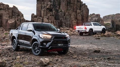 Toyota Tuning Companies Toyota Hilux Gets Awesome Trd Tuneup Bigwheels My