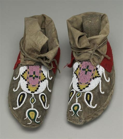 beaded moccasin tops beaded moccasins blackfeet piikani ca 1890