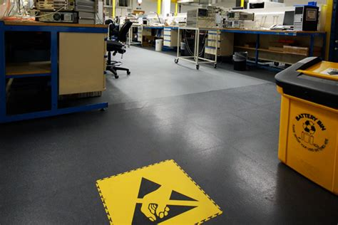 Esd Flooring by Interlocking Esd Flooring For Commerce And Industry