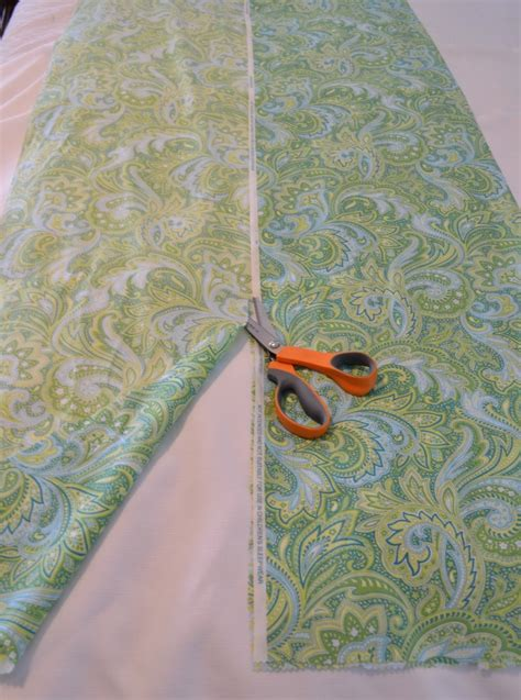 diy table runner ideas how to a fabric table runner easy sewing tutorial