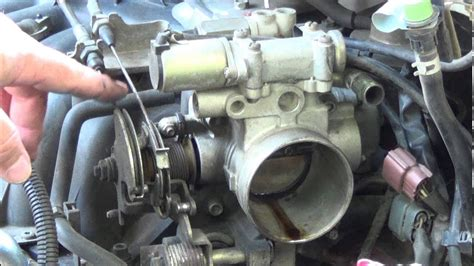 fix  sticking accelerator cable throttle body