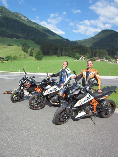 Motorrad Gabelservice by 800 Kilometer Kurven In 12 Stunden Team Berreiter Ktm
