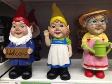 Gnometastic.   GHOSTLY TOM'S TRAVEL BLOG..