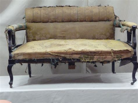 Old Fabric Victorian Style Sofa Upholstery With Black Wood