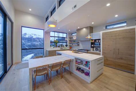 tens  inspiring kitchen islands  storage  chairs