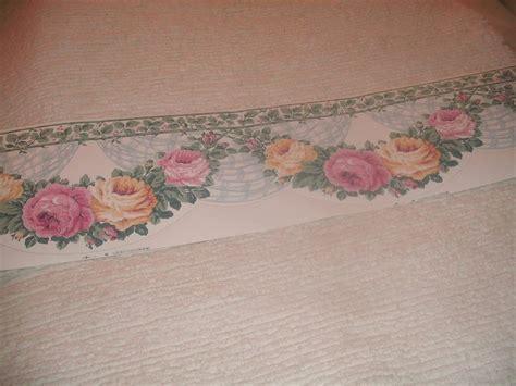 scalloped edge wallpaper border shabby cottage roses wallpaper border scalloped edge