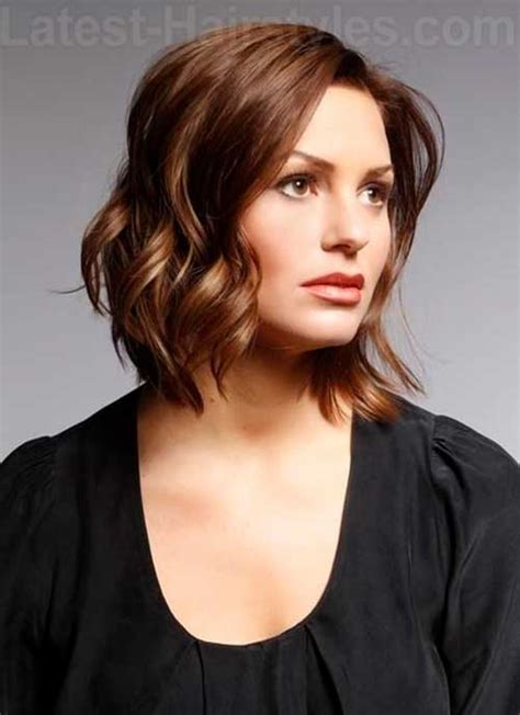 short layered hair styles with soft waves 25 bob hairstyles with layers bob hairstyles 2015