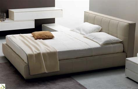 letti imbottiti economici gallery of letto con contenitore letti matrimoniali