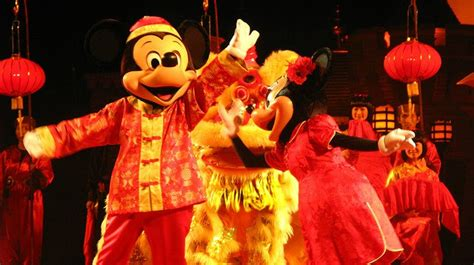 hong kong new year show new year at disneyland hong kong