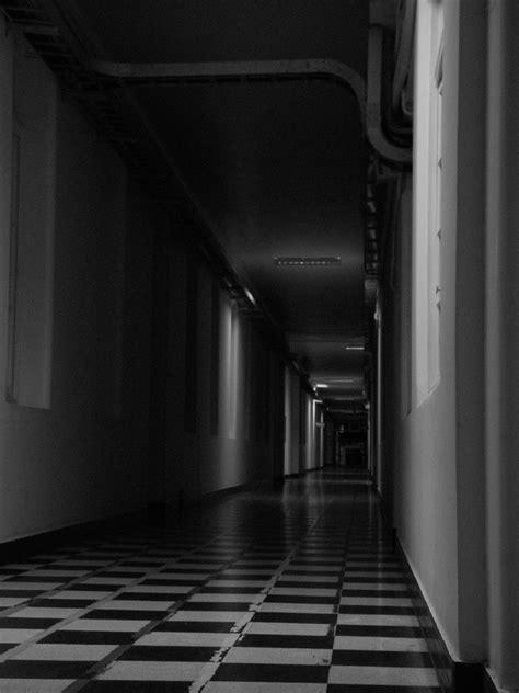decorar pasillos oscuros file largos pasillos oscuros hospital del salvador jpg