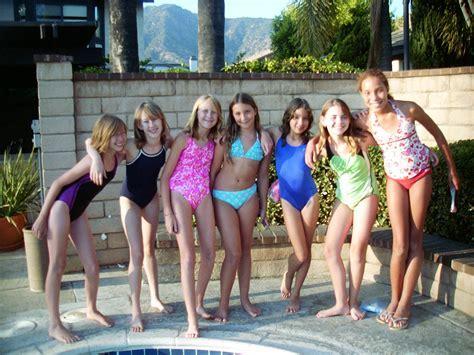 Pool Party Birthday Cimvitation