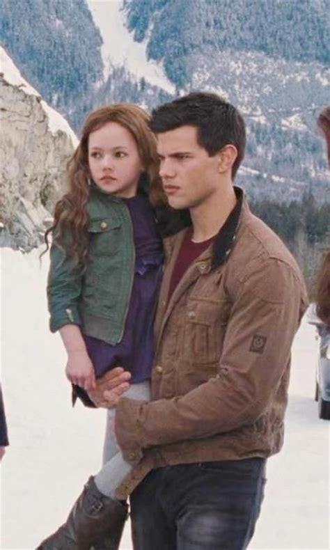 Twilight Saga 1 Twilight Novel Terjemahan breaking part 2 renesmee and jacob i want see more of this series twilight series