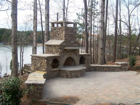 Foundation For Outdoor Fireplace by Amazing Outdoor Fireplace Designs Part 1 Style Estate