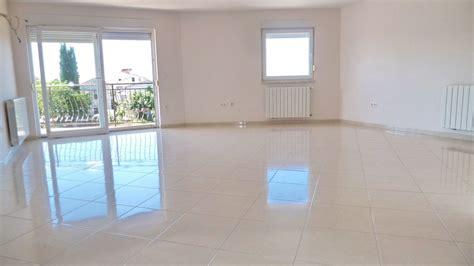 wohnung kaufen porec region porec istrien appartement mit balkon