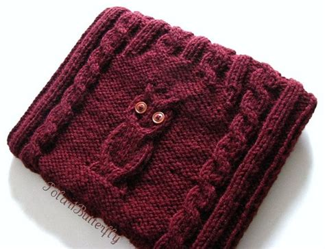 Make Jealous With A Handknit Knitting Bag Clutch Fashiontribes Fashion by 69 Best Knit And Crochet Book Covers Images On