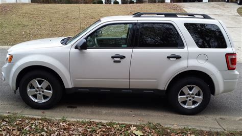 2010 Ford Escape Xlt by 2010 Ford Escape Pictures Cargurus