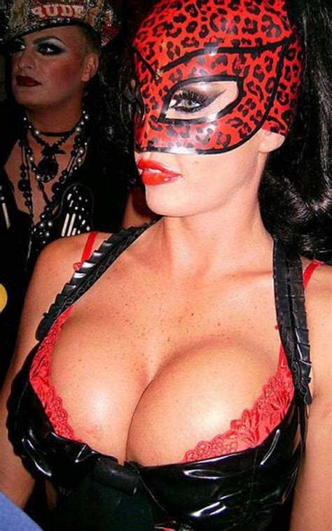 hot busty girls  halloween costumes barnorama