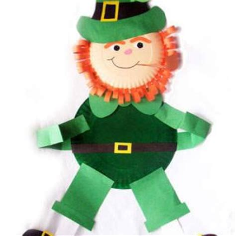Leprechaun Paper Craft - paper plate leprechaun wall hanging paper crafts tip