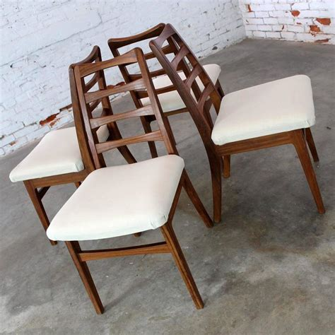 Mid Century Modern Dining Chairs Vintage by Rosewood Ladderback Dining Chairs Vintage Mid Century Modern Set Of Four For Sale At 1stdibs