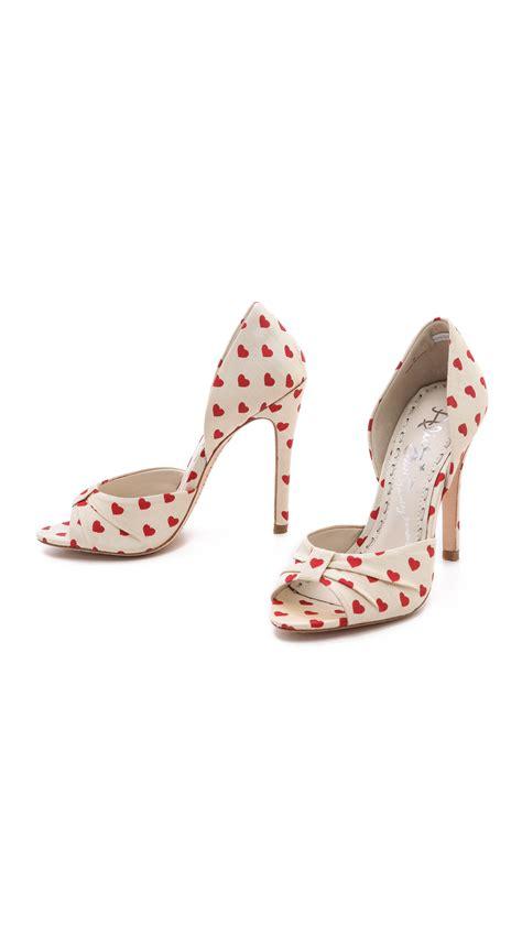 heart patterned heels alice olivia gigi heart print dorsay pumps in red cream