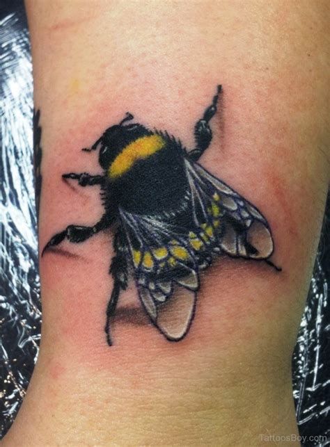 bumble bee tattoo bumble bee tattoos designs pictures