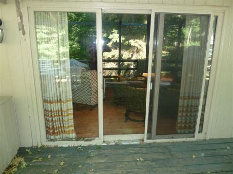 Patio Doors Installation In Green Bay Wi by Bgs Glass Services Llc Waukesha Wisconsin