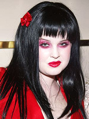 what product is used to color kelly osborne hair clumsy kelly osbourne suffers a black eye at sleep no