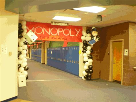 themes for college homecoming spirit week prepares school for homecoming game and dance