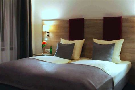 how to make a hotel bed headboard ideas for a hotel room hotel design