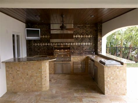 outdoor kitchen backsplash ideas outdoor kitchen backsplash kitchen decor design ideas
