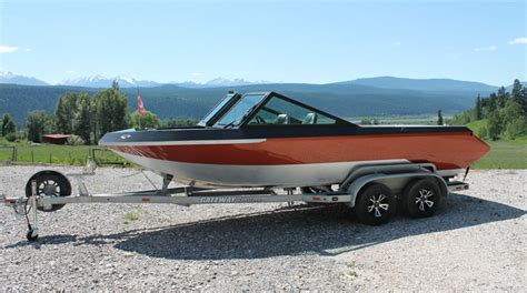 bratt jet boats for sale coyote manufacturing jet boat hull builder cnc machining
