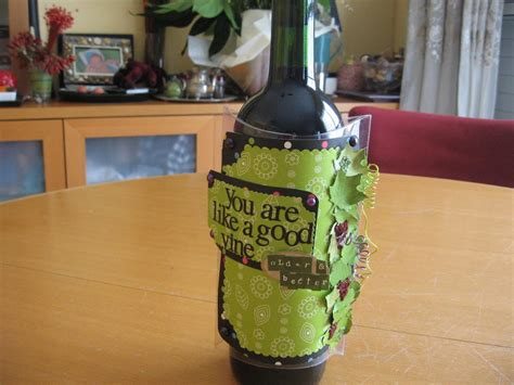 11 ways to learn how to wrap wine bottles favecrafts com
