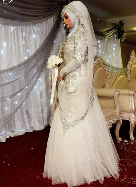 Gaun Muslimah Elegan contoh gaun pengantin muslimah elegan terbaru 2017