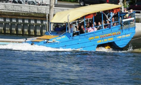 duck boat tours hyannis duck tour hyannis lifehacked1st