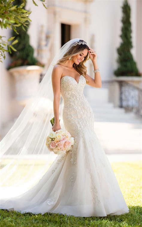mermaid wedding dress  glamorous lace stella york