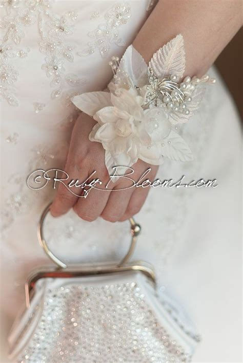 Handmade Wrist Corsage - 25 best ideas about brooch corsage on how to
