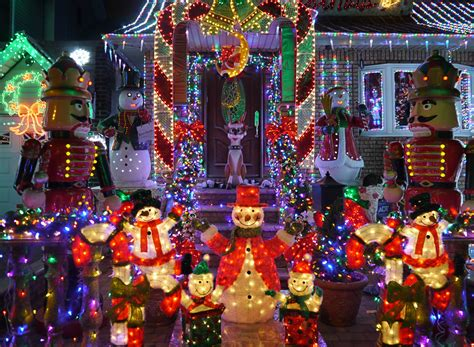 brighten the festive season with local holiday lights