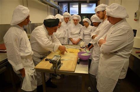 corso cucina perugia perugia universita dei sapori corso cucina quot snelli tra
