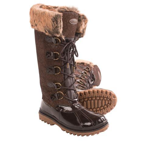 khombu snow boots khombu quechee stingray snow boots for 7682f