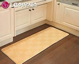 Floor Mats For Kitchen Sink Lg Hausys Kitchen Sink Mat Lg Kitchen Sink